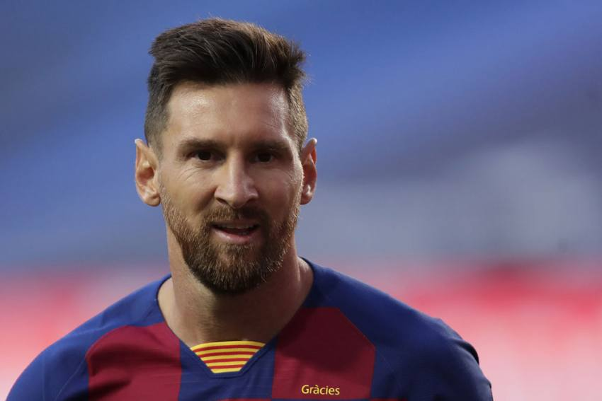 Lionel Messi To Stay At Barcelona - Breaking News