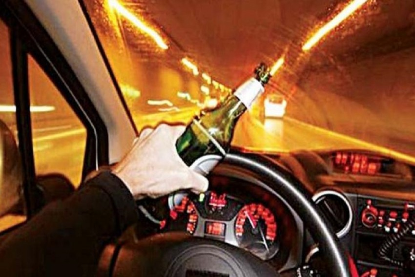 Maha Police Booked 416 Drunk Drivers, Over 200 Co-Travellers