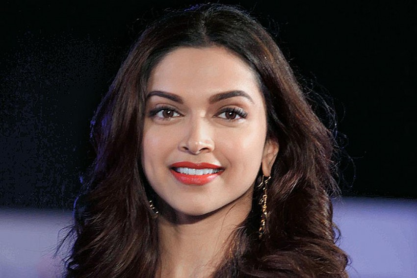 Deepika Padukone Shares Her Feelings After Deleting All ...