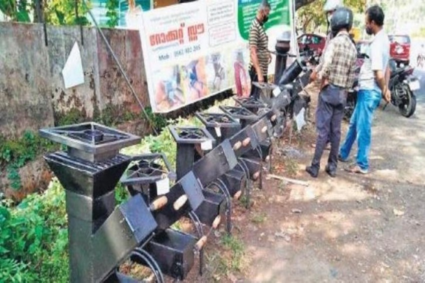 Check Out Eco-Friendly 'Rocket Stove' Made By Kerala Man To Help Poor Families