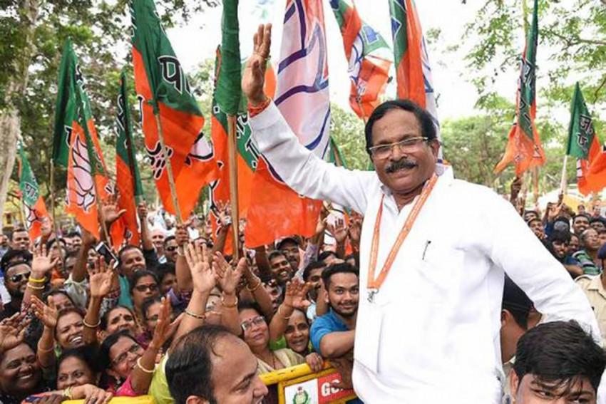 Karnataka: Union Minister Shripad Naik Injured In Car Accident; Wife, Aide Killed