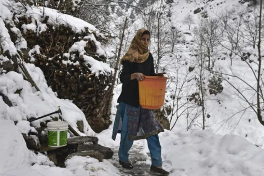 Severe Cold Freezes Taps, Plunges Village In J&K Into Water Crisis