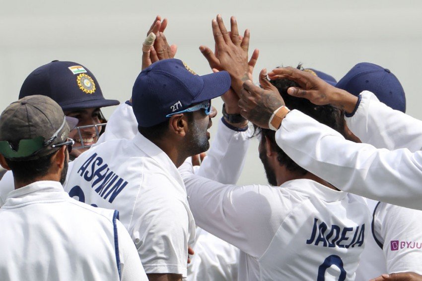 AUS Vs IND: India Running Out Of Fit Players; Ravichandran Ashwin, Mayank Agarwal Join Growing List