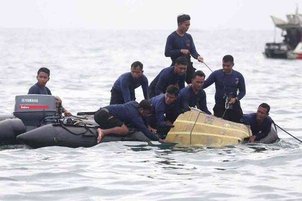 Indonesia Plane Crash: Divers Hunt For Jet's Cockpit Voice Recorder
