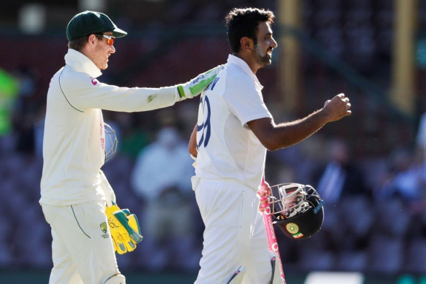 AUS Vs IND: Justin Langer Backs Skipper Tim Paine Says He Is 'An Outstanding Leader'