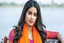 Actor Janhvi Kapoor Faces Farmers' Protest While Shooting In Punjab