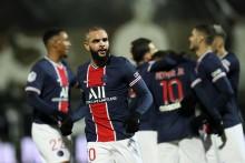 Angers 0-1 Paris Saint-Germain: Layvin Kurzawa Sends Champions To Ligue 1 Summit