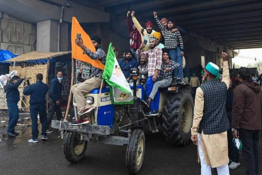 Farmer Leaders To Carry On With Tractor Rally On Republic Day