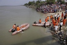 UP: 18 People Rescued After Boat Capsizes In Ganga River