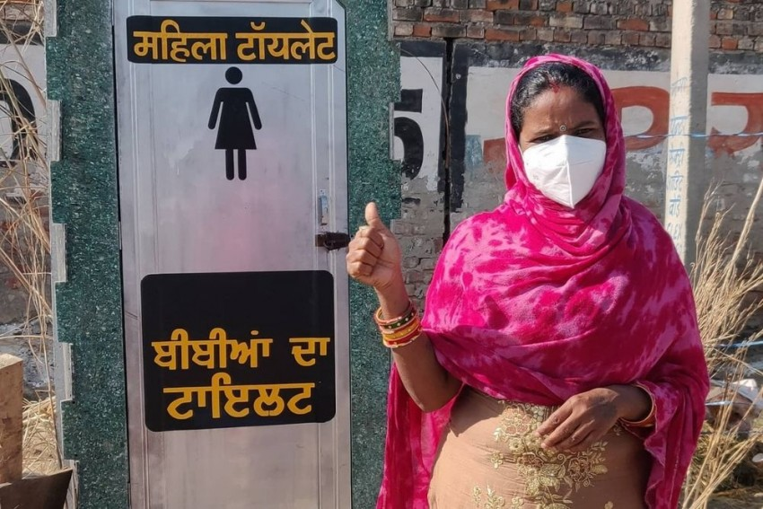 Farmers' Protests: NGO Instals Bio-Toilets For Women At Singhu Border