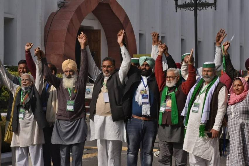 No Solution From Today's Meet: Farmer Leaders Insist On Repeal Of Laws, Govt Only Willing To Amend