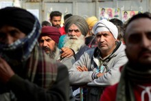 Farmers' Protests: SC Issues Notice To Centre On Plea Seeking Reconstitution Of 4-Member Committee