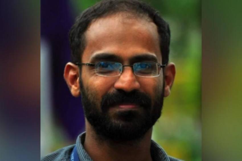 SC Allows Kerala Journalist Kappan To Talk To His Mother Through Video Call