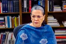 CWC Meet To Decide Schedule For Electing New President Underway, Sonia Lambasts Government Over Farmers' Stir