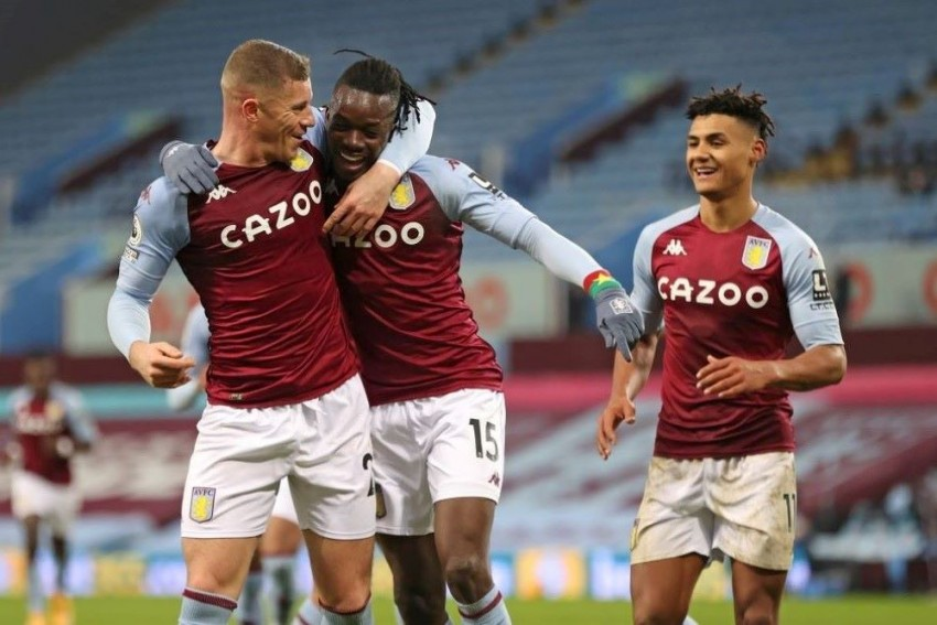 Premier League: Aston Villa Climbs Into Top 10 After Beating Newcastle 2-0