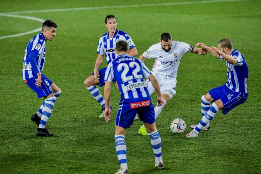 Deportivo Alaves 1-4 Real Madrid: Karim Benzema, Eden Hazard Get La Liga Champions Back On Track