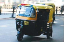 Woman Going To Wedding Leaves Bag With Jewellery Worth 2.5 Lakh In Auto-Rickshaw