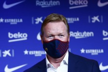 Ronald Koeman Insists Barcelona Players Not Worried By Fears Of Spiralling Club Debts