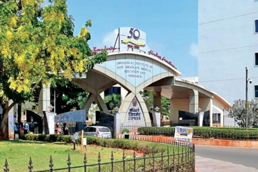 Take Jab Or Get No Leave If You Contract Covid: JIPMER Tell Students, Dean Denies Allegations
