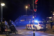 Netherlands: Chaos Reigns Amid Rioting, Looting Against Covid Lockdown; Dutch Police Deployed In Force