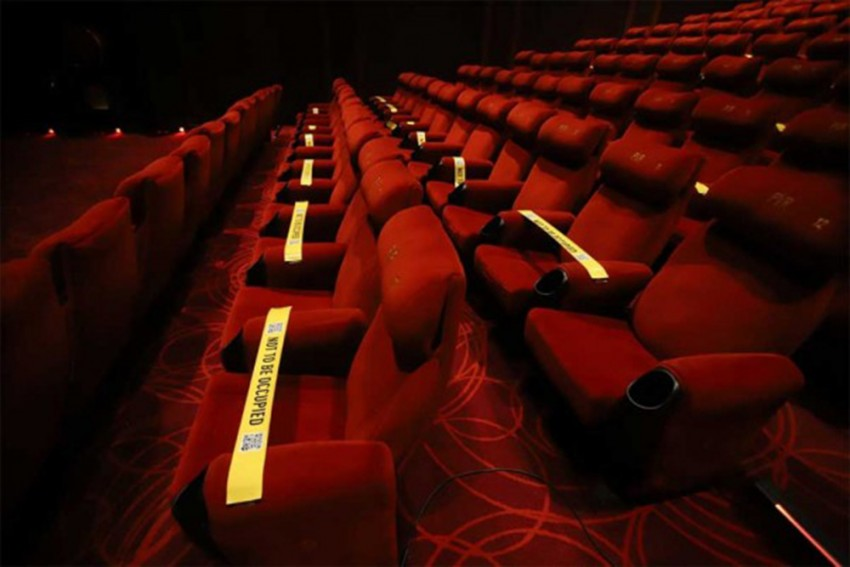 Centre Issues New Covid-19 Guidelines For Inter-State Travel, Functioning Of Theatres. Check Details Here