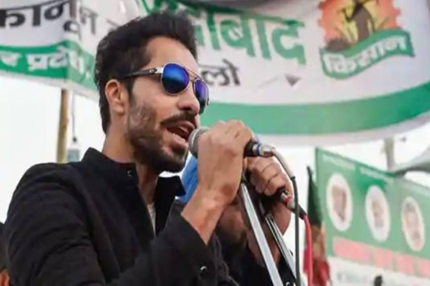 Deep Sidhu, Lakha Sidhana Named In FIR; Actor Says 'Farmers Came On Their Own'