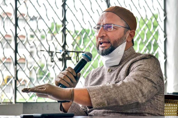 'I Am Like Laila Of Politics With Many Majnus', Says Owaisi