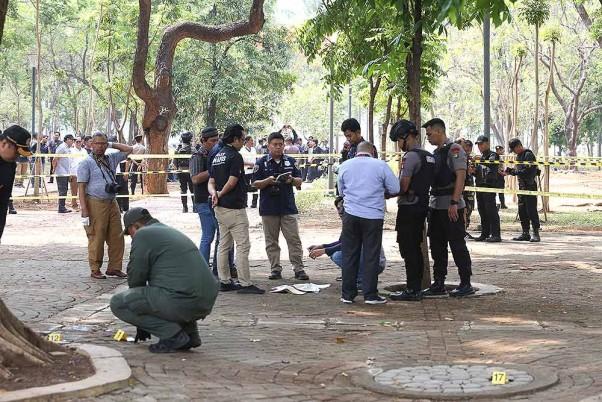 Shocking! 65-Year-Old Man In Kolkata Hurls Bomb At Son, Dies In Explosion