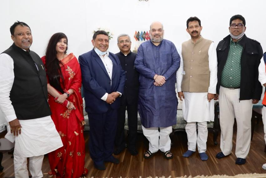 Rajib Banerjee, Other Disgruntled TMC Leaders Join BJP In Delhi