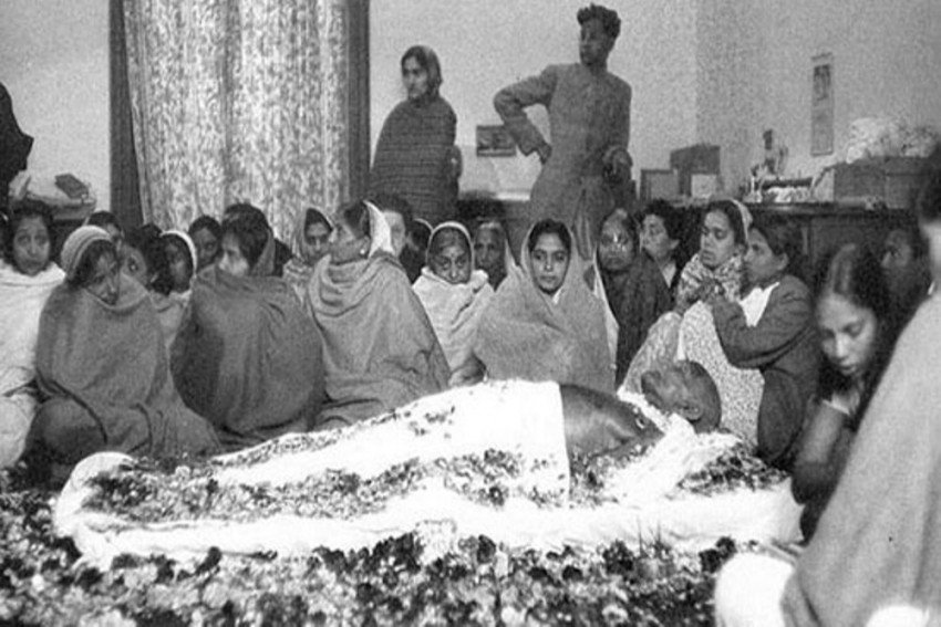 Martyrs' Day: Here's The Tale Of The Man Who Caught Gandhi's Assassin Nathuram Godse
