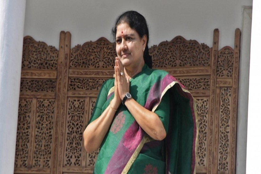 Ex-AIADMK Leader Sasikala To Be Discharged From Hospital Tomorrow