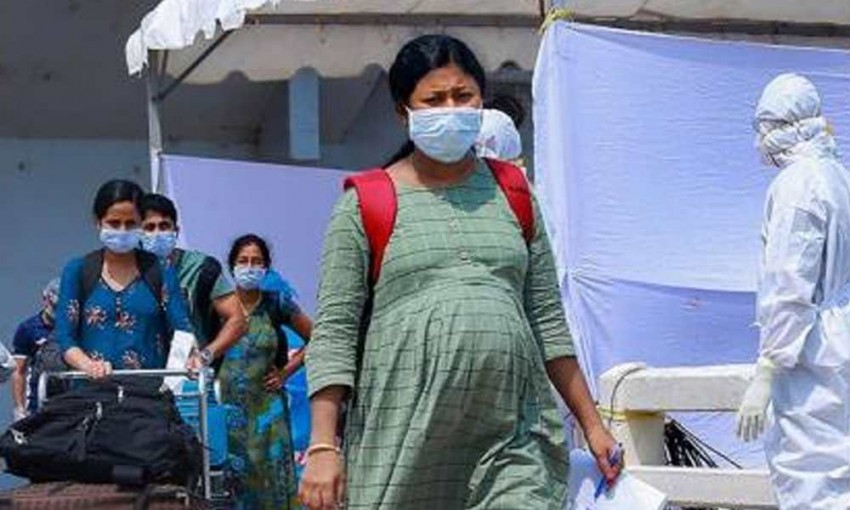 Pregnant Women Now Eligible For Covid Vaccine, Can Register On CoWin Or Walk-In
