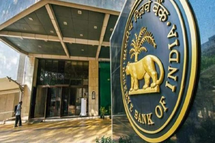 RBI Likely To Maintain Status Quo On Interest Rate, Say Experts