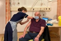 UK Starts Oxford-AstraZeneca Vaccine Rollout With 82-Year-Old Dialysis Patient