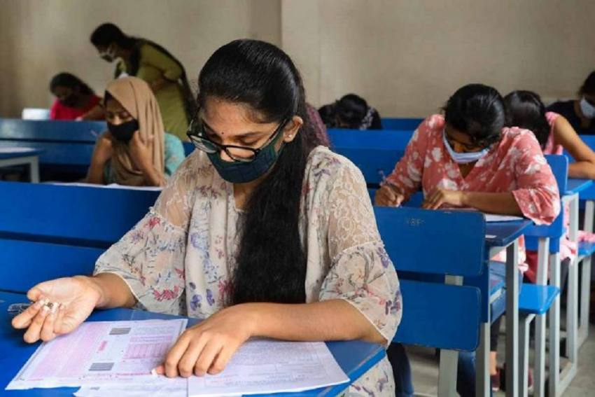 Kerala Colleges, Universities Open After More Than 290 Days, Covid Guidelines In Place