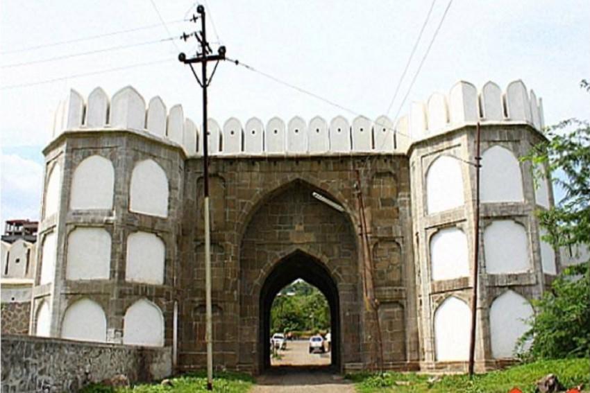 Restore Aurangzeb-Built Qila-e-Ark Fort, Potential To Become Tourist Hub: Experts