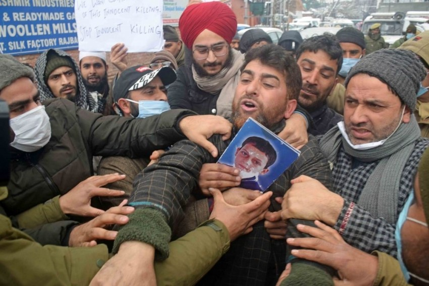 My Child Was Only 16. Give Me His Body Or Bury Me There With Him: J-K Youth's Father