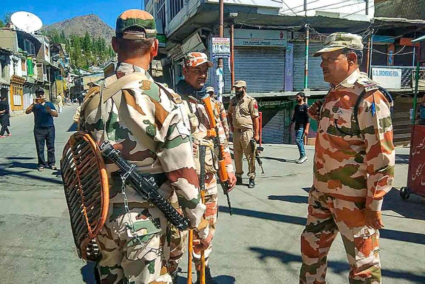 Army To Move Out Of Kargil Lower Plateau For Township To Expand