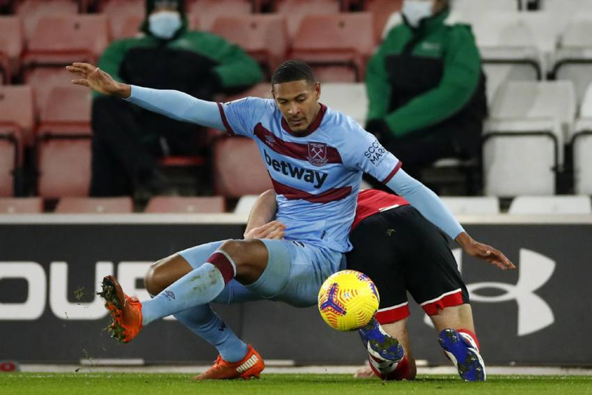West Ham Sell Record Signing Sebastien Haller To Ajax For Cut-price GBP 20.3m