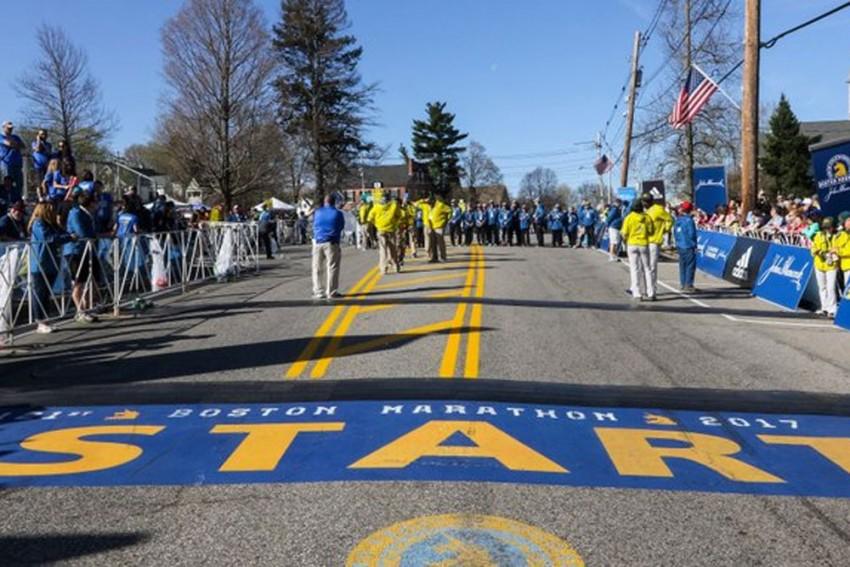 Boston Marathon Set To Begin After Coronavirus Pandemic Hiatus