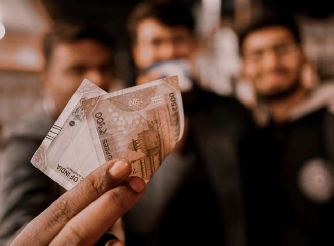 Rupee Rebounds 15 Paise To Close At 75.37 Against Dollar