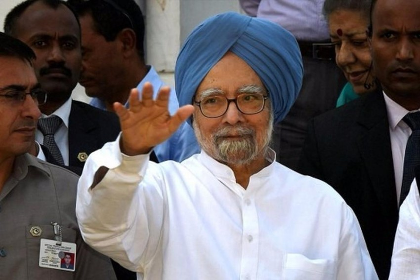 Former PM Manmohan Singh Admitted To AIIMS With Weakness After Fever