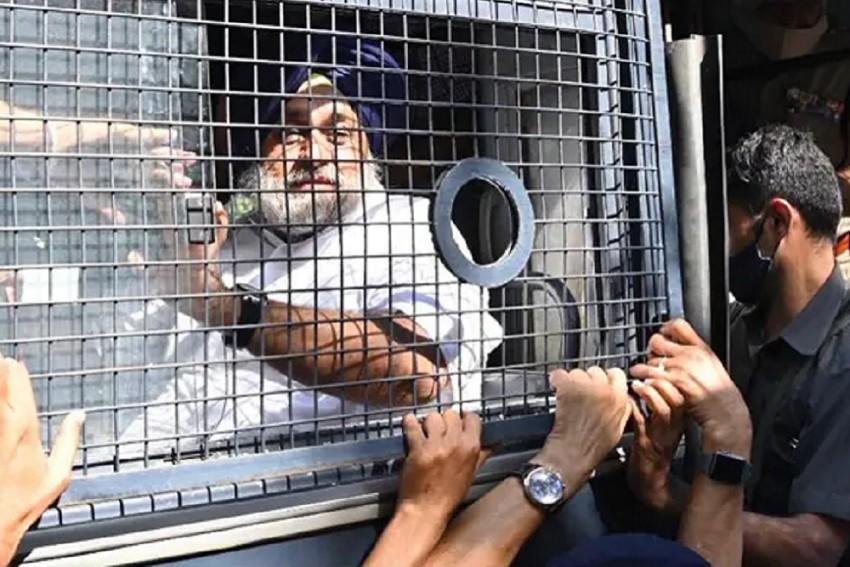Shiromani Akali Dal Chief Sukhbir Badal Courts Arrest In Chandigarh