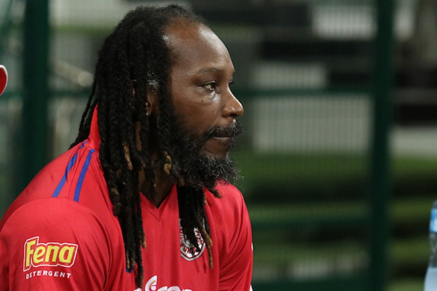 Viv Richards Defends Curtly Ambrose, Tells Chris Gayle To Show Respect