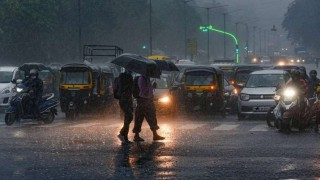 IMD Issues Yellow Alert For Parts Of MP, Predicts Thunderstorms, Lightning