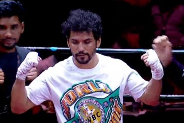 Neeraj Goyat Records KO Win In Amir Khan Supported Fight Night