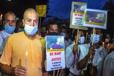 Temple Attacks: ISKCON Kolkata Members Protest Outside Bangladesh Deputy High Commission