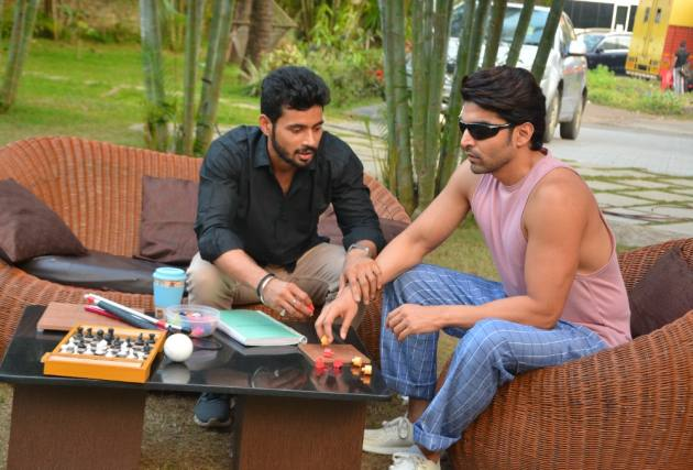 Gurmeet Choudhary Talks About Grueling Training Session To Prepare For Visually Impaired Character In 'Shubho Bijoya'