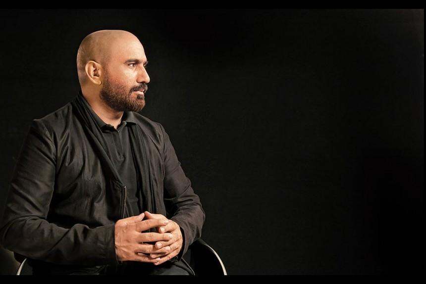 Rashid Rana's Amazing Shah Rukh Portrait Is A Cross-Border Fan Tribute