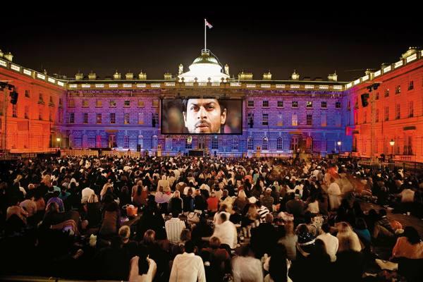 Global Desi: Raj Or Rahul, SRK Is Equally At Home In New York Or Patiala